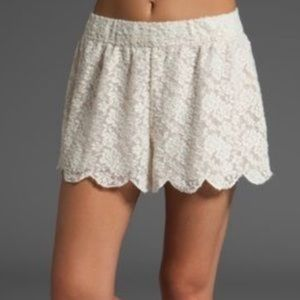 FREE PEOPLE Scalloped Lace Shorts, L
